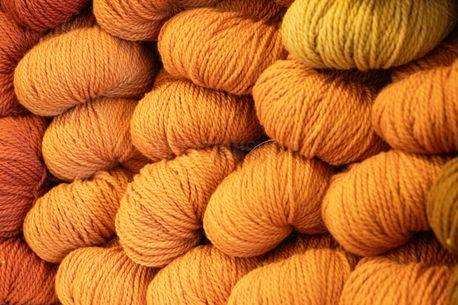 Orange Yarn (100710)