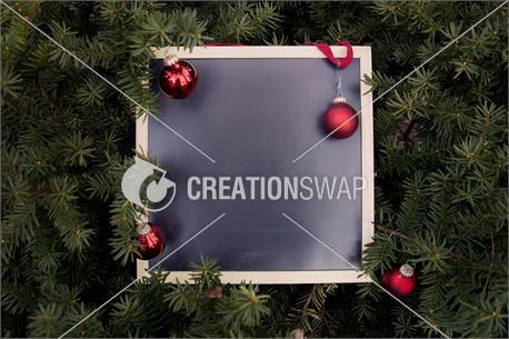 Holiday Chalkboard (27325)