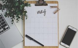 May Calendar 2016 On Desk