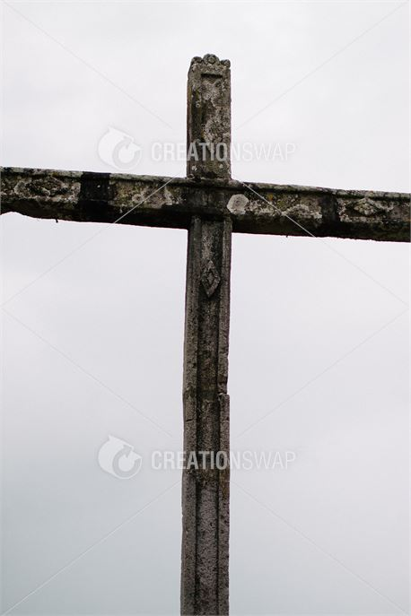 Cross (40617)