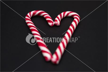 Sweet Candy Cane Heart  (45828)