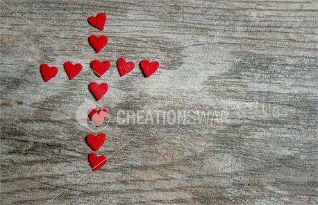 Red Heart Cross on Wood (46545)