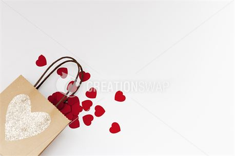 Paper Hearts Falling Out Bag (47042)