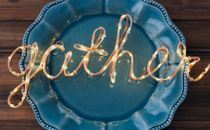 Gather light on Blue Plate