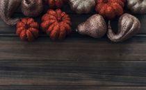 Gourds, Glitter pumpkins top