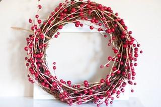 Berry Wreath & Frame