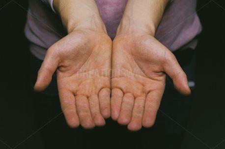 Hands (64148)