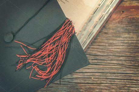 Graduation (66280)