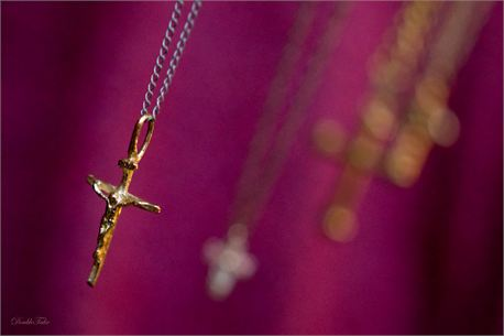 Carry Your Cross (7788)