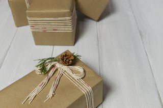 Christmas present with yarn