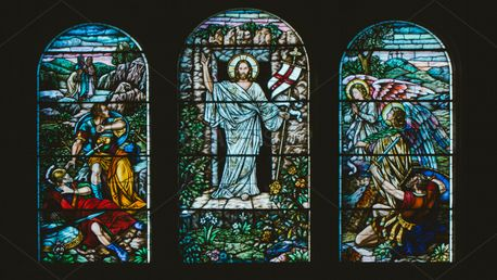 Stained glass window (75098)