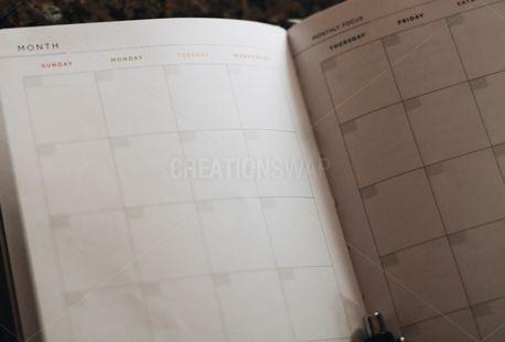A blank calendar (75175)