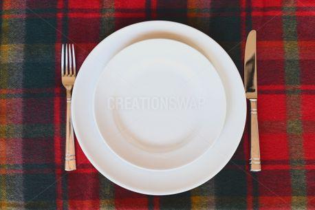 Empty Plates  (76253)