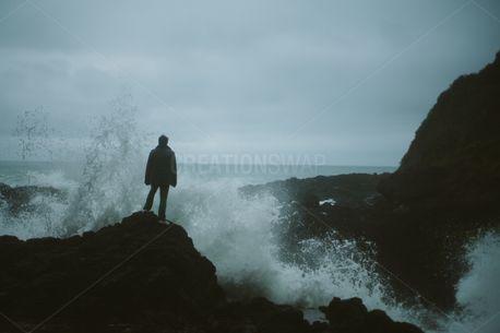 Crashing Waves (77087)