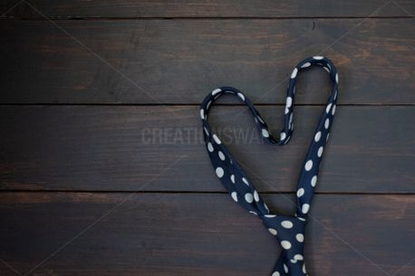 Heart shaped Tie (79473)