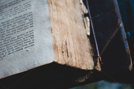 Open Worn Bible (80912)
