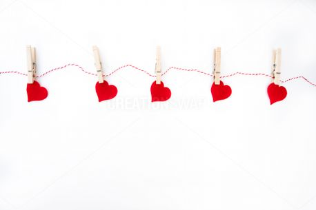 Five Red Hearts (84878)