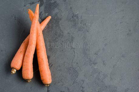 Carrot Bundle on Slate (86297)