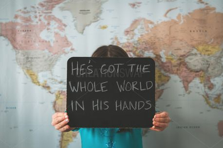 He's Got The Whole World (86904)